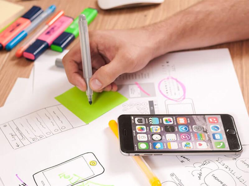Weblap készítés során melyiket érdemes választani? Egyedi webdesign készítése legyen vagy weblap sablon? Melyiknek mik az előnyei és hátrányai?